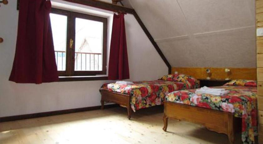 rombon bed chamber